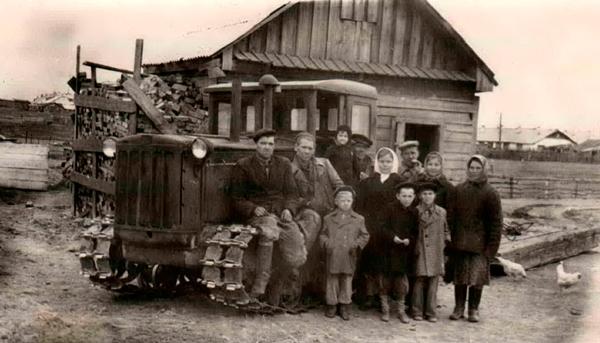 трактор ДТ-54 производства ХТЗ